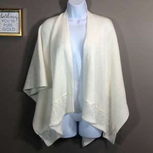 Collection Eighteen Ivory Wrap NWT OS